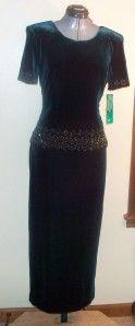 Karen Kwong R M Richards Dark Emerald Green Beaded SS Velvet Dress Sz