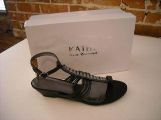 Kathy Van Zeeland Evie Black Toe Loop Wedge Sandals