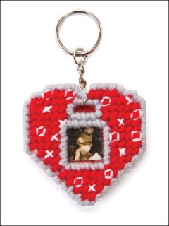 KEY CHAIN FRAMES, Plastic Canvas Pattern Leaflet, 5 Photo Key Chain