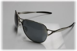 Oakley OO4043 04 Hinder Polarized Sunglasses New in Box