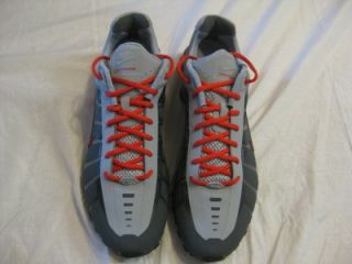 Nike Shox OLeven Mens Running Shoes Sz 11 Dark Grey Sport Red Gry