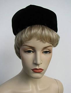 Ladies Vintage Black Velvet Hat Mr Henri Adorable 875