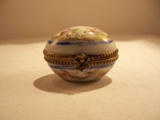 Limoges France Petite Box Porcelain Egg Easter Paris