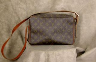 Vintage Louis Vuitton French Company Shoulder Bag Purse Original Tag
