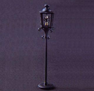 12 Volt Dollhouse Miniature Outdoor Post Light A013017