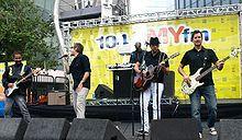 Sugar Ray 90s Band Rock Mark McGrath Music Tour Mariachi Shirt – M