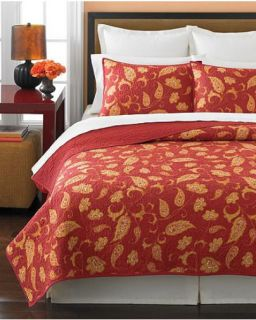 Martha Stewart Chamberley Medium Red Queen Quilt
