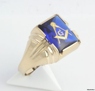Spinel Blue Lodge Masonic Ring   10k Yellow Gold Band Masons 5g Emblem