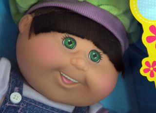 Cabbage Patch Kids Doll Melania Lily Brown Hair Green Eyes Teeth