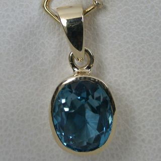 10 cts 14k Solid Yellow Gold Natural AAA London Blue Topaz Solitaire