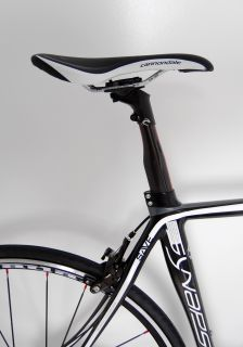 Cannondale Synapse Carbon Road Bike SRAM Apex 10spd Race Bicycle