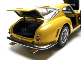 1961 Ferrari 250 GT Berlinetta Passo Corto SWB Yellow 1 18 by CMC 054