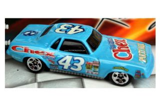 Hot Wheels Richard Petty #43 70 Plymouth Barracuda Chex & Salute to