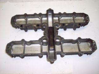 82 Kawasaki KZ550 KZ 550 GPZ Engine Cylinder Head Cover