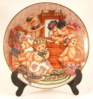Franklin Mint Teddy Bear Plate Hats Off to Teddy by Nita Showers CP866