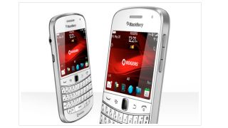Unlocked New Blackberry Bold 9900 8GB White World GSM Phone Rim