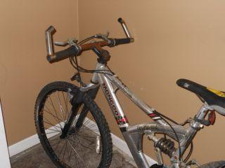 Mongoose Aluminum influx Bicycle Bike 21 Speed