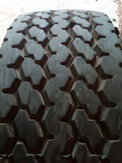 Used 385 65R22 5 Wide Base Truck Tire 385 65 22 5 Super
