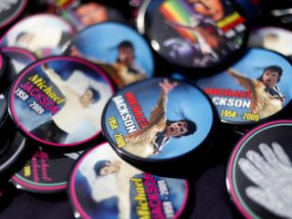 Michael Jackson Buttons Sold at Viewing of His Memorial near Apollo Theatre, July 7, 2009 Photographic Print