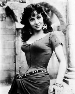 Gina Lollobrigida   Notre Dame de Paris Photo