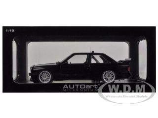 BMW M3 (E30) DTM PLAIN BODY VERSION BLACK 1/18 DIECAST CAR MODEL