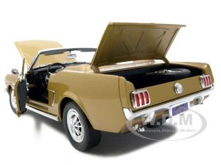 1964 1/2 FORD MUSTANG CONVERTIBLE GOLD 1/18 DIECAST