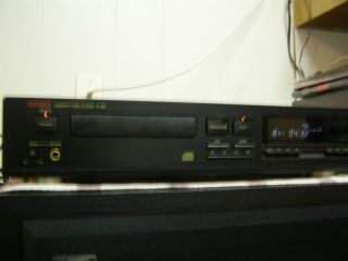 Luxman Compact Disc Player D 351