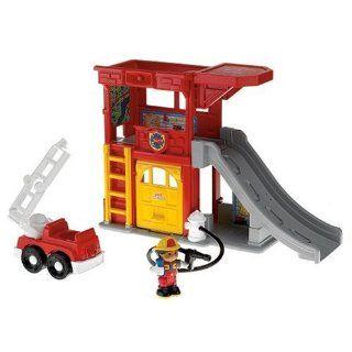 Mattel L3940   Fisher Price Little People Feuerwehrauto