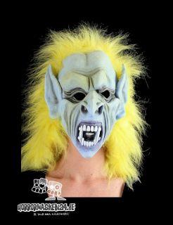 Halloween Maske für Einsteiger. Der Horror & Karneval Masken Spass