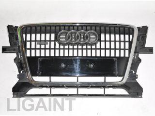 Original Audi Q5 Kühlergrill Grill vorne 8R0853651 in schwarz für