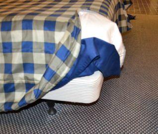 Hotel Boxspringbett Bett Hotelbett kein Schreibtisch Sessel Stuhl