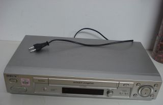 SONY VIDEO RECORDER SLV SE 830,SONY VIDEORECORDER VHS SILBER