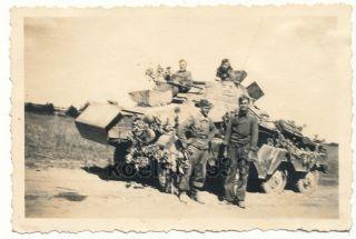 Foto Ostfront Russland Woronesch 8 Rad Panzer PaK Schutz Panzermänner