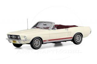1967 FORD MUSTANG GT CONVERTIBLE Wimbledon White 124 Danbury Mint