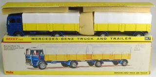 1968 DINKY #917 MERCEDES BENZ TRUCK AND TRAILER MINT W/EXC+ BOX