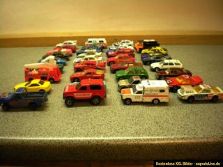 Konvolut 36 Spielzeugautos Matchbox Lesney Majorette Hot Wheels Modell