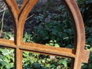 Eisenfenster mit Oberlicht zum Klappen, Stallfenster