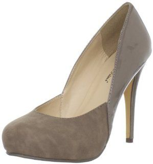 Michael Antonio Womens Leon Closed Toe Pump Michael Antonio Shoes