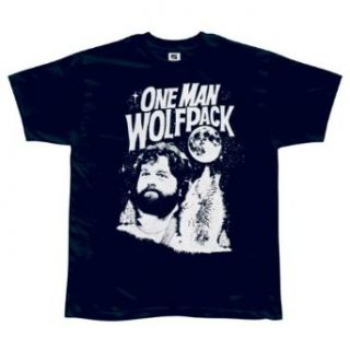 The Hangover   One Man Wolfpack T Shirt: Clothing