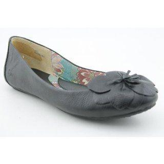 Concept Adrianne Womens Size 7 Black Black Leather Flats Shoes Shoes