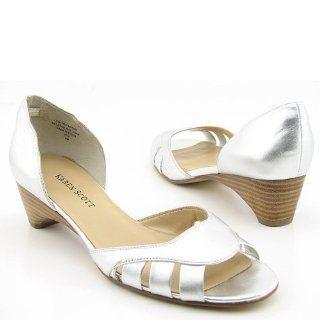 SCOTT Jodi Silver Heels Pumps Shoes Womens 9.5 KAREN SCOTT Shoes