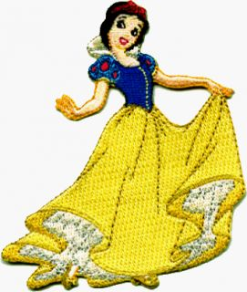 Snow White & The Seven Dwarfs   Snow White Holding Dress