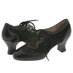 Capezio Phantom   2 Black/Black Pumps/Heels