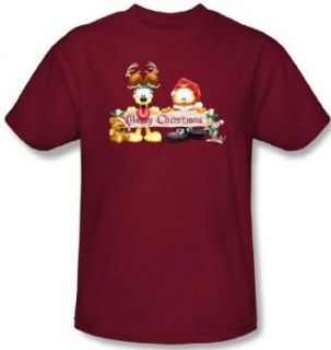 Garfield and Odie   Merry Christmas Banner Mens T Shirt