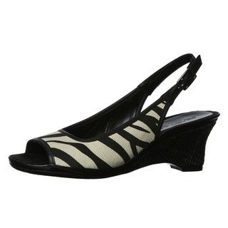 Aerosoles Womens Dozen Roses Black/ White Slingback Wedges