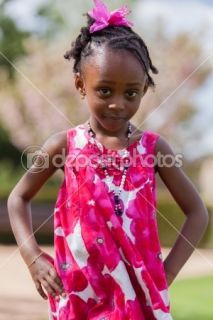 Outdoor portrait of a cute african american little girl  Foto stock