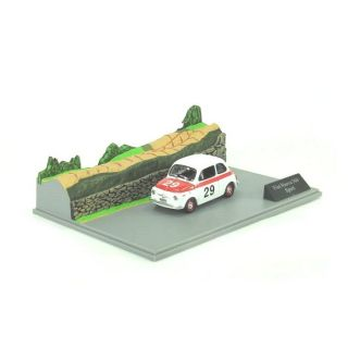 Fiat Nuova 500 Sport 143 avec Diorama   Achat / Vente MODELE REDUIT