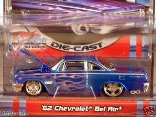 Maisto Pro Rodz  62 Chevrolet Biscayne Wagon  164 Scale