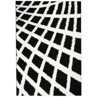 Shag Contemporary Boxes Black and White Area Rug (67 x 93
