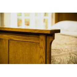 Mission Solid Oak 5 piece Queen Panel Bedroom Set w/ 7 Drawer Dresser